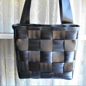 Harvey's Black Cross Body Seatbelt Bag